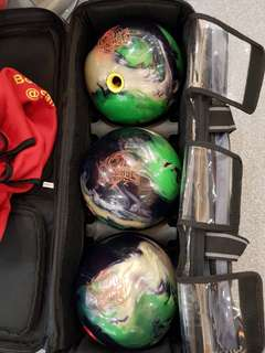 CHEAP $180!!!! TOP OF THE PROFESSIONAL BOWLING BALL RANGE EVER PRODUCED BY STORM BOWLING EQUIPMENT!!!