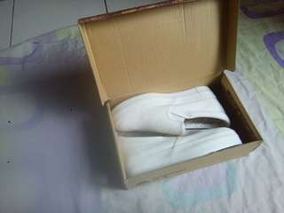 REPRICED Korean shoes Hidden wedge small size only
