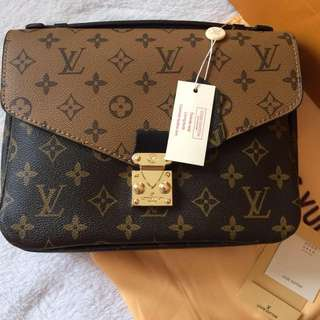 🔥In Stock🔥Louis Vuitton Pochette Metis