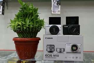 Canon M10 2 warna hitam dan putih