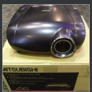 (Retail $4000) Mitsubishi HC6800 1080p Home Theatre Projector (Bought at SG$4000)