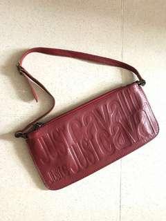 🈹Just Cavalli Italy leather clutch Red 意大利製真皮紅色壓花手拿包上膀小袋子