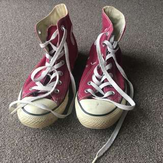 converse hi-cut light maroon chucks