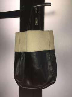H&M shopping bag