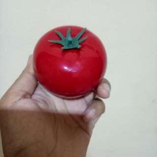 Sophie tomato natural antioxidant peeling