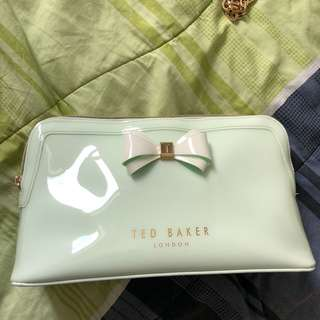 TED BAKER big pouch