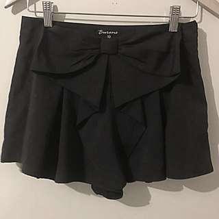 Bowtie Shorts Size 10