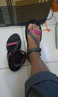 Sepatu sandal gunung women