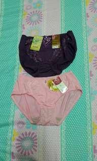 蠶絲內褲100元/件