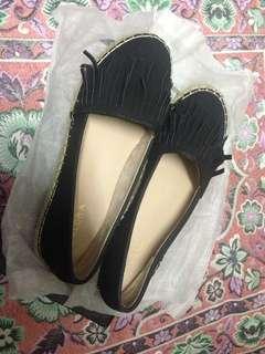 Zalora Flat Tessel Shoe