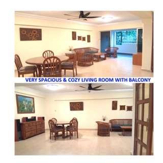 VERY SPACIOUS MASTER BEDROOM (EXECUTIVE HDB) - PASIR RIS BLK 460