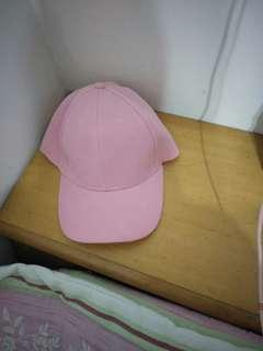 🚚 粉紅色帽子