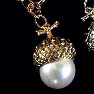 BRAND NEW! Acorn Necklace
