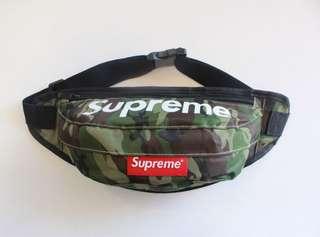 Supreme camo bag