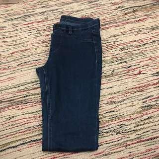 🚚 Uniqlo 牛仔褲 彈性褲 緊身褲