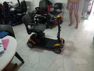 Motorised scooter