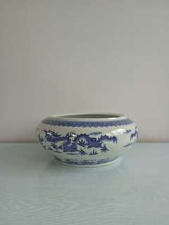 Old Pot height 11cm diameter 18cm perfect