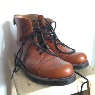 Dr Martens Steel-toe boots