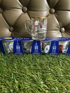 Collectible London mini glass set