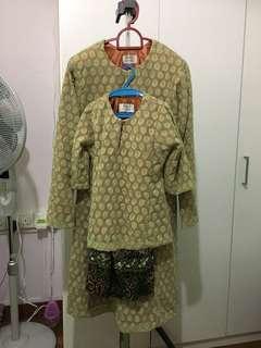 Baju kurung mother daughter
