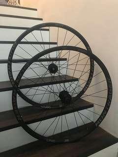 Trek Bontrager rims wheels 29er 29' boost