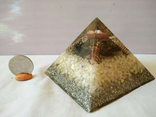 Orgone Pyramid with Crystals