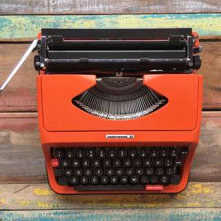 Underwood 37 Typewriter