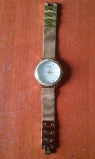 Aunthentic Guess Women Watch