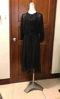 🚚 uniqlo黑色洋裝