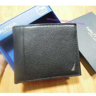 AUTHENTIC Nautica Men's Leather Wallet bifold with removable passcase black