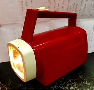 Vintage Eveready Torchlight come with new Battery