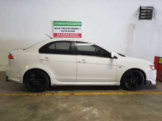 CAR FOR RENT  DAILY WEEKLY MONTHLY
