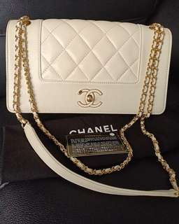 Preloved Authentic Chanel Flap #21