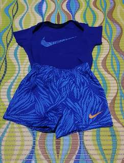Authentic Nike Terno