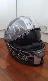 BKS Burnout Helmet with Sunvisor (M)
