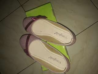 Sepatu anak size 34