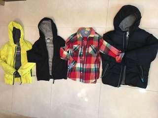 大童Uniqlo 襯衫;套頭外套;old navy黑色連帽外套;黃色Zara 連帽外套4件450(適合10-12歲)