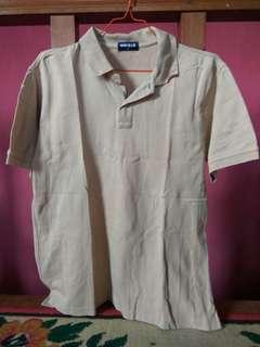 Polo UNIQLO shirt