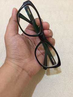 Orig Manhattan  Cat eye shape Eyeglass ( Replaceable Lens)