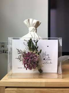 Personalised Dried Flowers Greeting Card - Home Decor / Housewarming