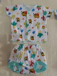 Libby Baby Baju Kancing Depan + Celana Pop (isi 3 pasang)