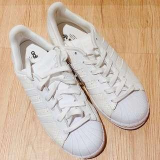 🚚 adidas Superstar W/23.5cm