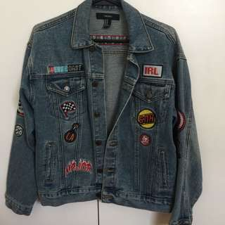 Forever 21 oversized patched denim jacket (w/ tag)