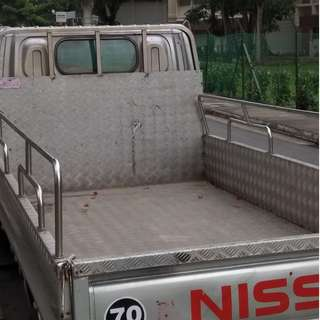 10ft, Lorry service 1 Way trip of moving/delivery from SGD50 only!