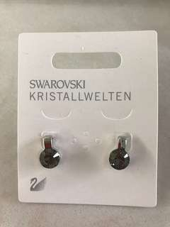New Swarovski ear rings