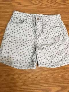 🚚 Uniqlo kids 藍色星星短褲 150公分