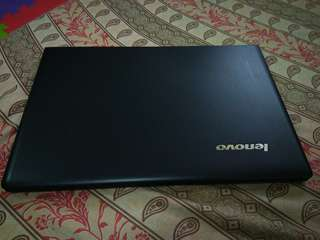Laptop: Lenovo ideapad 300