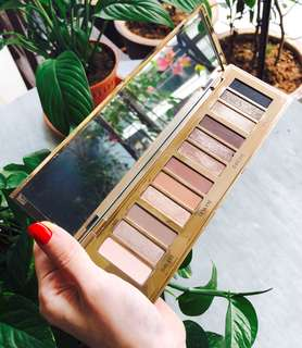 Charlotte Tilbury Instant Eye Palette (Limited Edition, sold out)