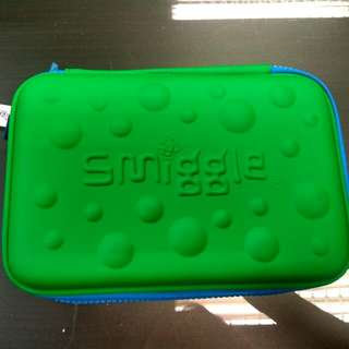 Smiggle Hardtop Bubble