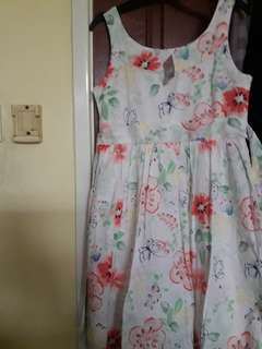 Dress size 8yrs